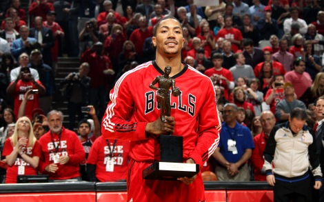 Can D Rose hold this trophy again?